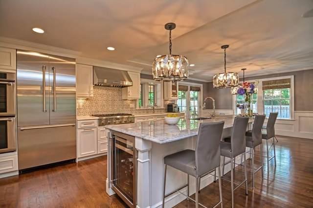 70 Arnold Rd, Newton, MA 02459 (MLS #72705223) :: Berkshire Hathaway HomeServices Warren Residential