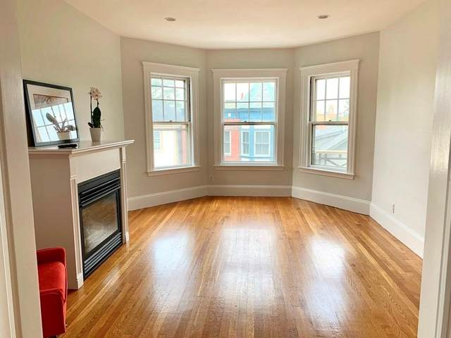 88 Walnut Street #3, Brookline, MA 02445 (MLS #72708876) :: Berkshire Hathaway HomeServices Warren Residential