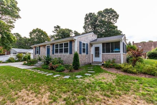 6 Hillside Ave, Falmouth, MA 02556 (MLS #72726529) :: The Duffy Home Selling Team