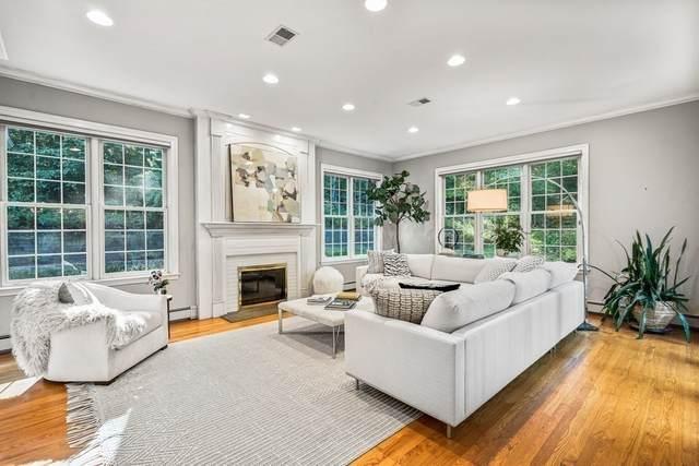 35-A Walpole St, Dover, MA 02030 (MLS #72732296) :: Cosmopolitan Real Estate Inc.