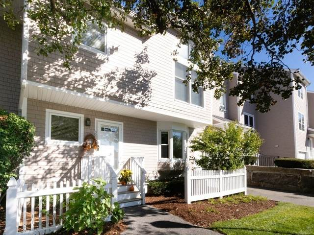 38 Whaler Ln #38, Quincy, MA 02171 (MLS #72742117) :: Kinlin Grover Real Estate