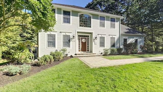 435 Wickham Rd, North Kingstown, RI 02852 (MLS #72745356) :: Cosmopolitan Real Estate Inc.