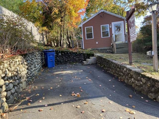 15 Minot Street, Wakefield, MA 01880 (MLS #72745987) :: RE/MAX Unlimited