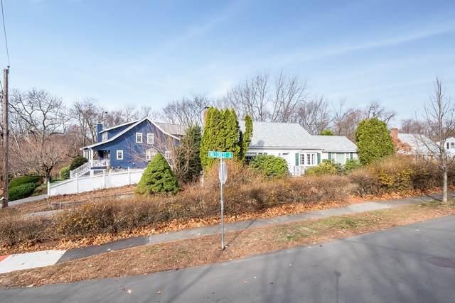 10 Hillcrest Ave, Lexington, MA 02420 (MLS #72759636) :: Kinlin Grover Real Estate