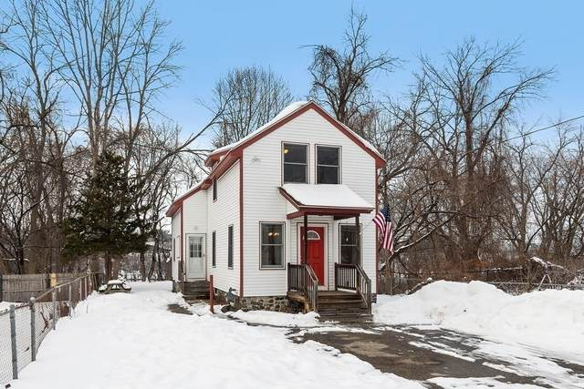 32 Ashland St, North Andover, MA 01845 (MLS #72764014) :: Exit Realty