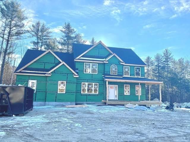 4 Koper Ln, Pelham, NH 03076 (MLS #72774659) :: Cosmopolitan Real Estate Inc.