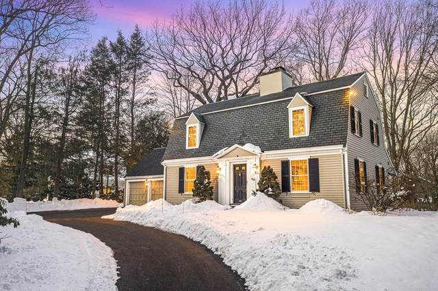 55 Arnold Rd, Wellesley, MA 02481 (MLS #72789460) :: EXIT Cape Realty