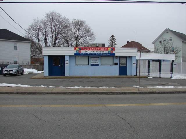 175 Beverage Hill Ave, Pawtucket, RI 02860 (MLS #72790619) :: Westcott Properties