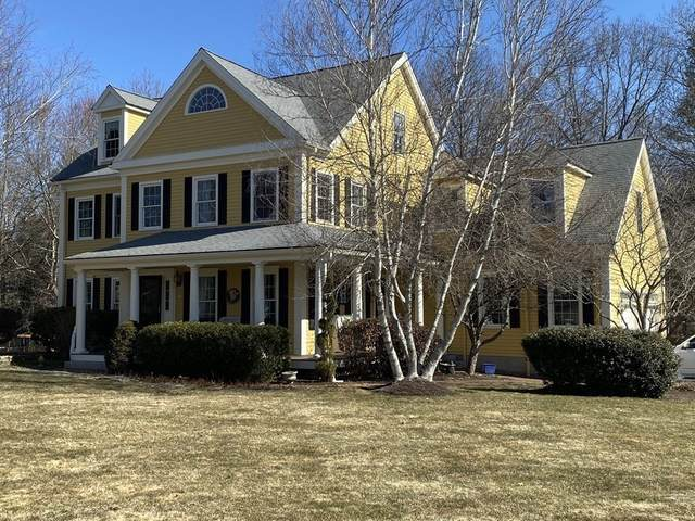 10 Marthas Way, Mansfield, MA 02048 (MLS #72791871) :: Welchman Real Estate Group