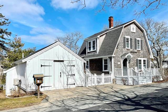 19 Kent Place, Chatham, MA 02633 (MLS #72800283) :: Conway Cityside