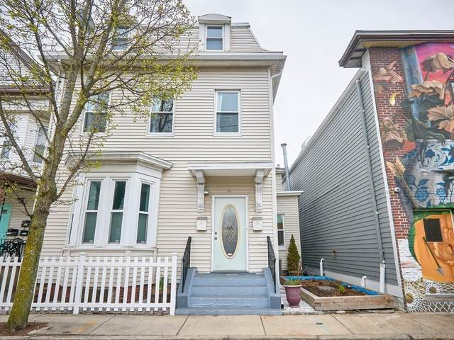 4 George St #2, Somerville, MA 02145 (MLS #72815316) :: Conway Cityside