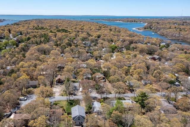 32 Suncrest Dr, Falmouth, MA 02536 (MLS #72831350) :: Cape Cod and Islands Beach Properties