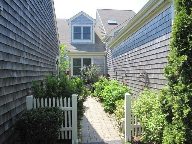 10 Hutchens Mews #10, Plymouth, MA 02360 (MLS #72831646) :: Cape Cod and Islands Beach Properties