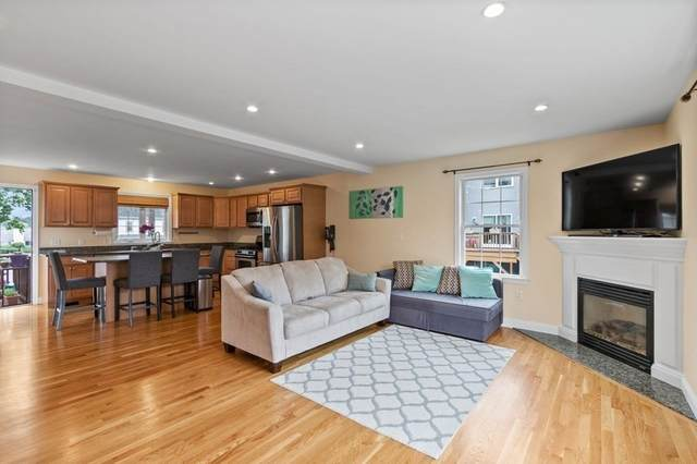 15 Parkers Ln #1, Waltham, MA 02453 (MLS #72846297) :: Conway Cityside