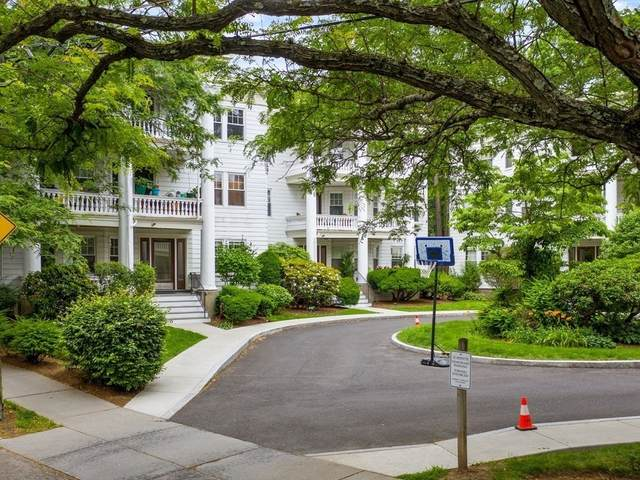 132 Middlesex Rd #3, Brookline, MA 02467 (MLS #72860653) :: Conway Cityside