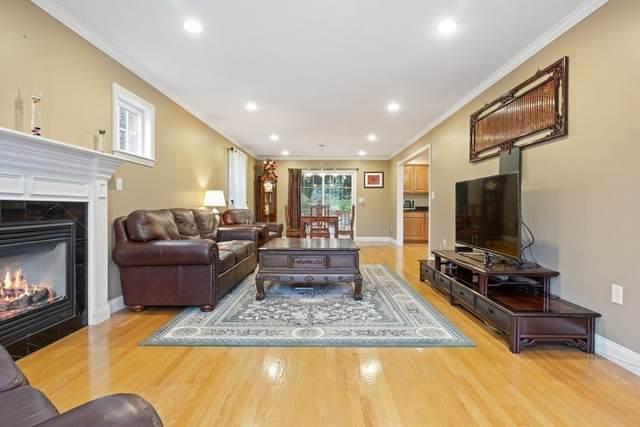 73 Hawthorne Rd, Waltham, MA 02451 (MLS #72863323) :: Spectrum Real Estate Consultants