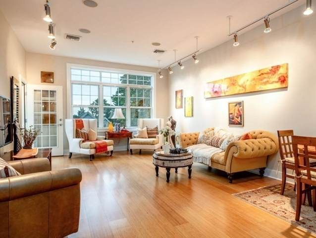 1188 Broadway #405, Somerville, MA 02144 (MLS #72864878) :: Home And Key Real Estate