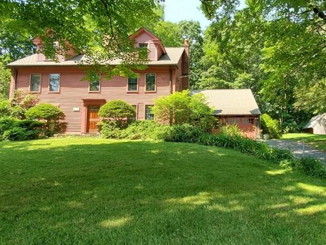 6 Crescent St, Stow, MA 01775 (MLS #72865235) :: Welchman Real Estate Group