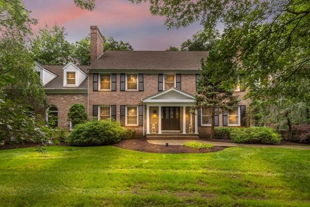 30 Castle Dr, Sharon, MA 02067 (MLS #72865565) :: The Smart Home Buying Team