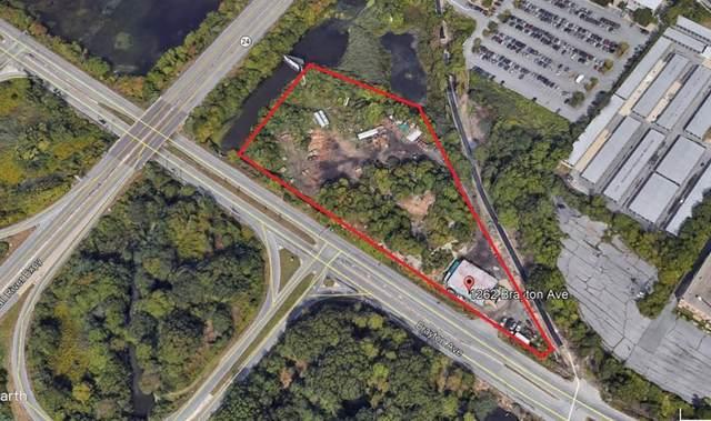 1262 Brayton Ave, Fall River, MA 02721 (MLS #72868667) :: Kinlin Grover Real Estate