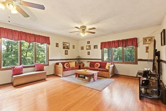 41 Peach Orchard Road, Burlington, MA 01803 (MLS #72870994) :: Westcott Properties