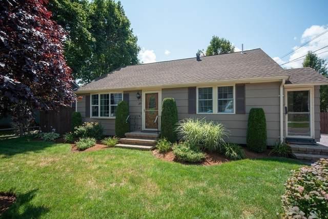 275 Summer St, Brockton, MA 02302 (MLS #72872327) :: Westcott Properties