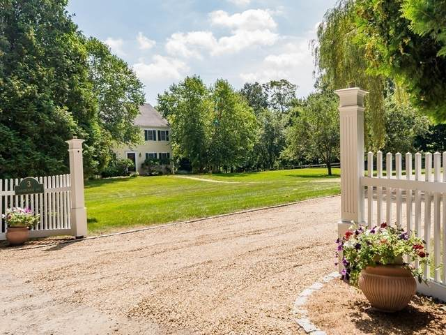 3 Longmeadow Way, Hamilton, MA 01982 (MLS #72885178) :: Welchman Real Estate Group