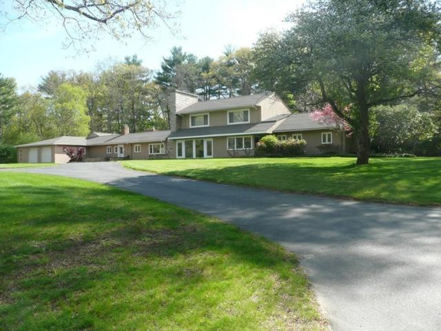 3 Greystone Rd, Dover, MA 02030 (MLS #72330199) :: Apple Country Team of Keller Williams Realty