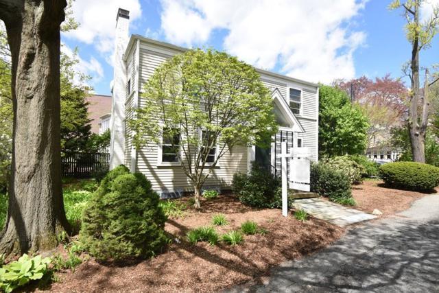 16 Brattle Circle, Cambridge, MA 02138 (MLS #72457767) :: Welchman Real Estate Group | Keller Williams Luxury International Division