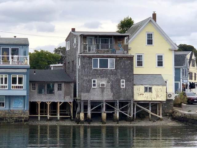4 Bearskin Neck, Rockport, MA 01966 (MLS #72576385) :: Walker Residential Team