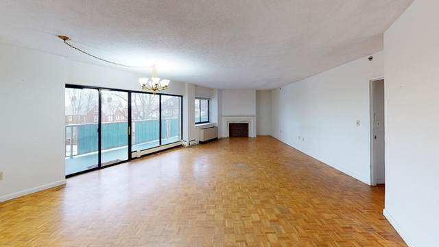 300 Lynn Shore Drive #406, Lynn, MA 01902 (MLS #72709147) :: Welchman Real Estate Group