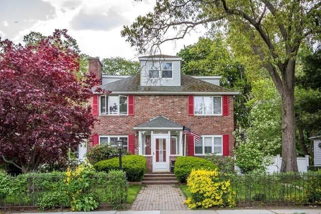 144 East Side Parkway, Newton, MA 02458 (MLS #72827723) :: Chart House Realtors