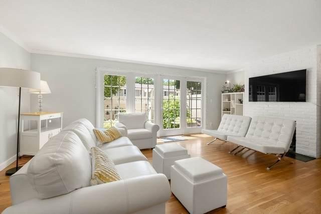 11 Oak Street #31, Wellesley, MA 02482 (MLS #72843570) :: Boston Area Home Click