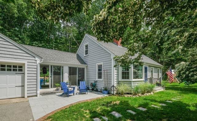 6 Claypit Hill Rd, Wayland, MA 01778 (MLS #72847402) :: EXIT Realty