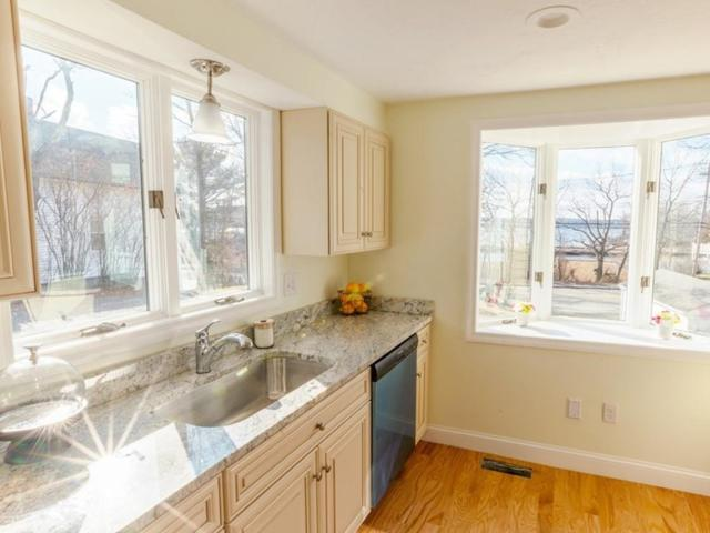 22 Norton, Weymouth, MA 02191 (MLS #72463791) :: Welchman Real Estate Group | Keller Williams Luxury International Division