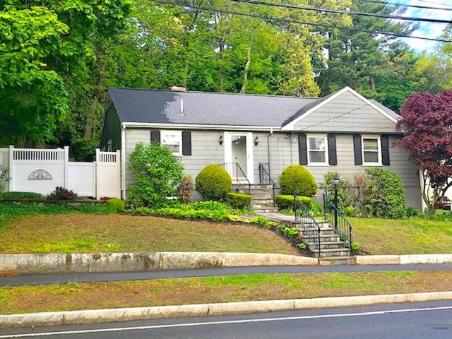 515 Great Plain Ave, Needham, MA 02492 (MLS #72501172) :: Apple Country Team of Keller Williams Realty