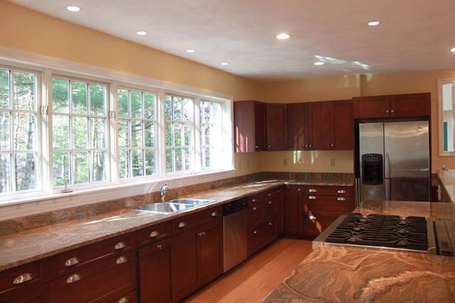 36 Sunrise Rd, Boxford, MA 01921 (MLS #72590901) :: Berkshire Hathaway HomeServices Warren Residential