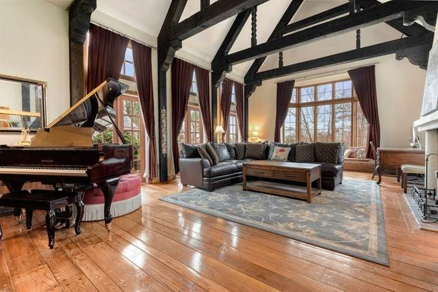 63 Fiske Hill Rd, Sturbridge, MA 01566 (MLS #72731631) :: Cosmopolitan Real Estate Inc.