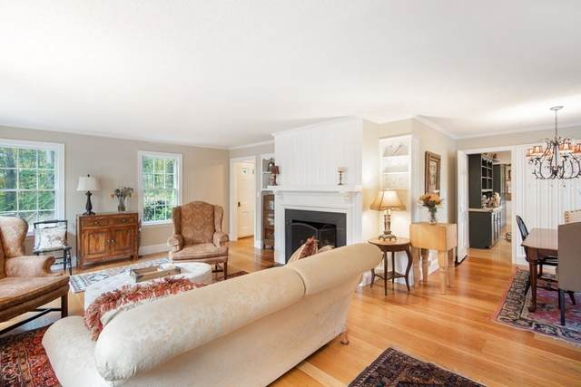 153 Western Dr, Longmeadow, MA 01106 (MLS #72738721) :: NRG Real Estate Services, Inc.