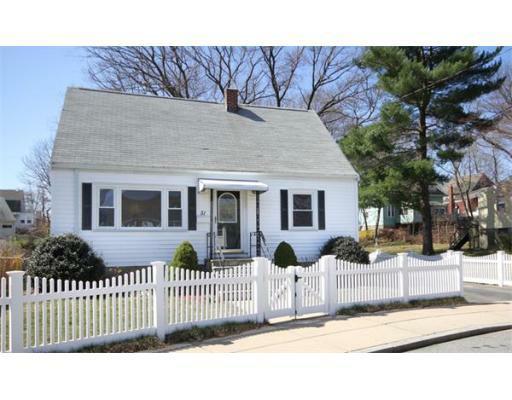 51 Ledge Hill Road, Boston, MA 02132 (MLS #71358360) :: Vanguard Realty