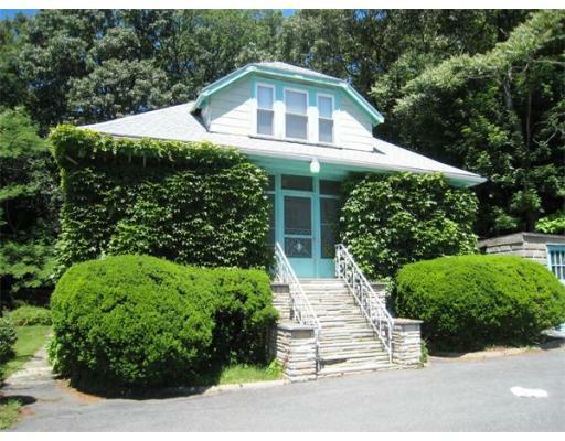 15 Huntley Terrace, Malden, MA 02148 (MLS #71394439) :: Exit Realty