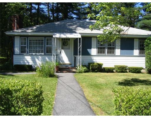 4 Victor Dr, Ayer, MA 01432 (MLS #71399321) :: Exit Realty