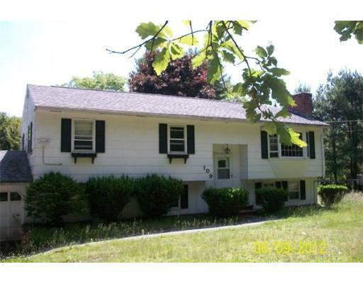 109 Salem St, Methuen, MA 01844 (MLS #71402352) :: Exit Realty