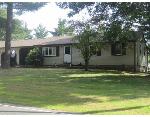 412 Southampton Rd., Holyoke, MA 01040 (MLS #71406381) :: Exit Realty
