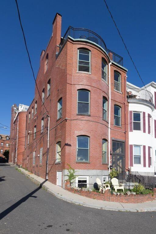 1 Brigham Street, Boston, MA 02128 (MLS #71918071) :: Charlesgate Realty Group