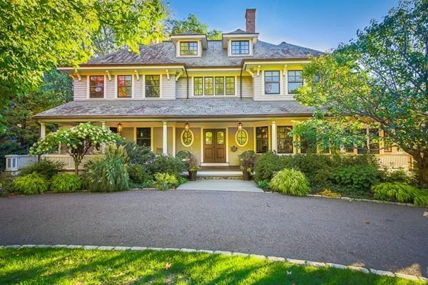 17 Hayes Ave, Lexington, MA 02420 (MLS #72125926) :: Goodrich Residential