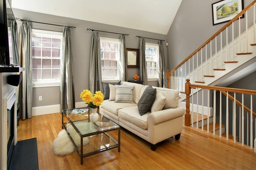 13 Lindall Place #3, Boston, MA 02114 (MLS #72147480) :: Ascend Realty Group