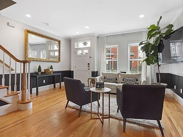435 Bunker Hill Street, Boston, MA 02129 (MLS #72150738) :: Charlesgate Realty Group