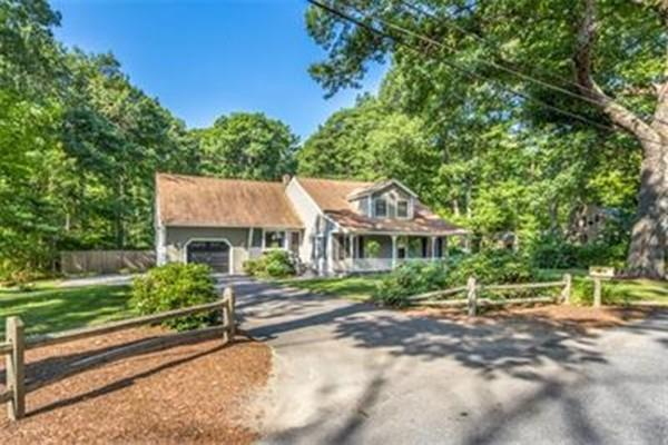4 Boutelle Road, Sterling, MA 01564 (MLS #72168554) :: The Home Negotiators