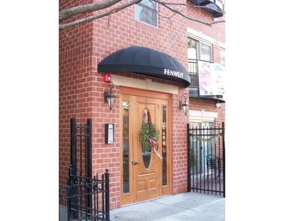 126 Jersey St #201, Boston, MA 02215 (MLS #72179450) :: Charlesgate Realty Group